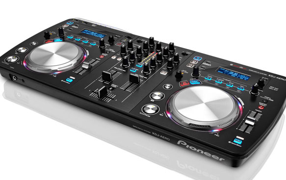 Pioneer XDJ-AERO  WiFi Standalone DJ Controller Announced