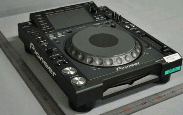 pioneer-cdj-2000-nxs-leak-first-pic